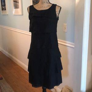 BNWT Ruffled Talbots Dress 👗🖤Size 4, sleeveless